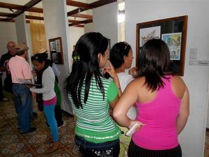 1.El público respaldó con su asistencia las propuestas del XV Salón de Humor Gráfico La Picúa